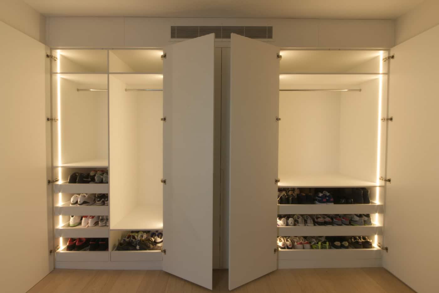 wardrobe led interior
